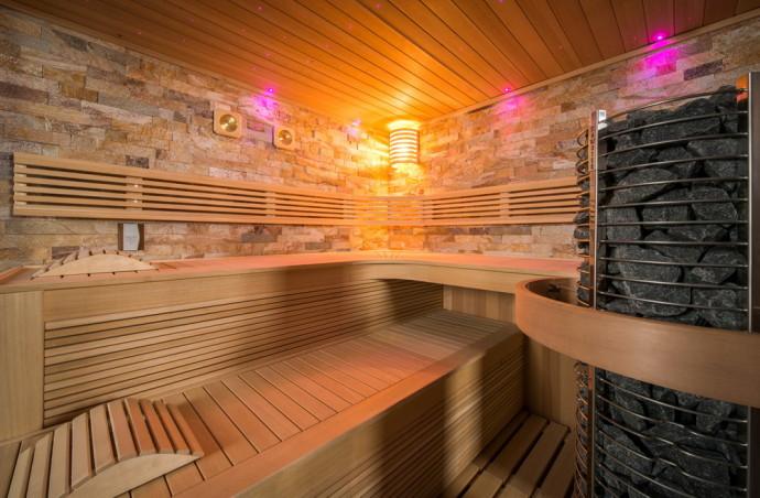 sauna chaleur de luxe question jardin. Black Bedroom Furniture Sets. Home Design Ideas